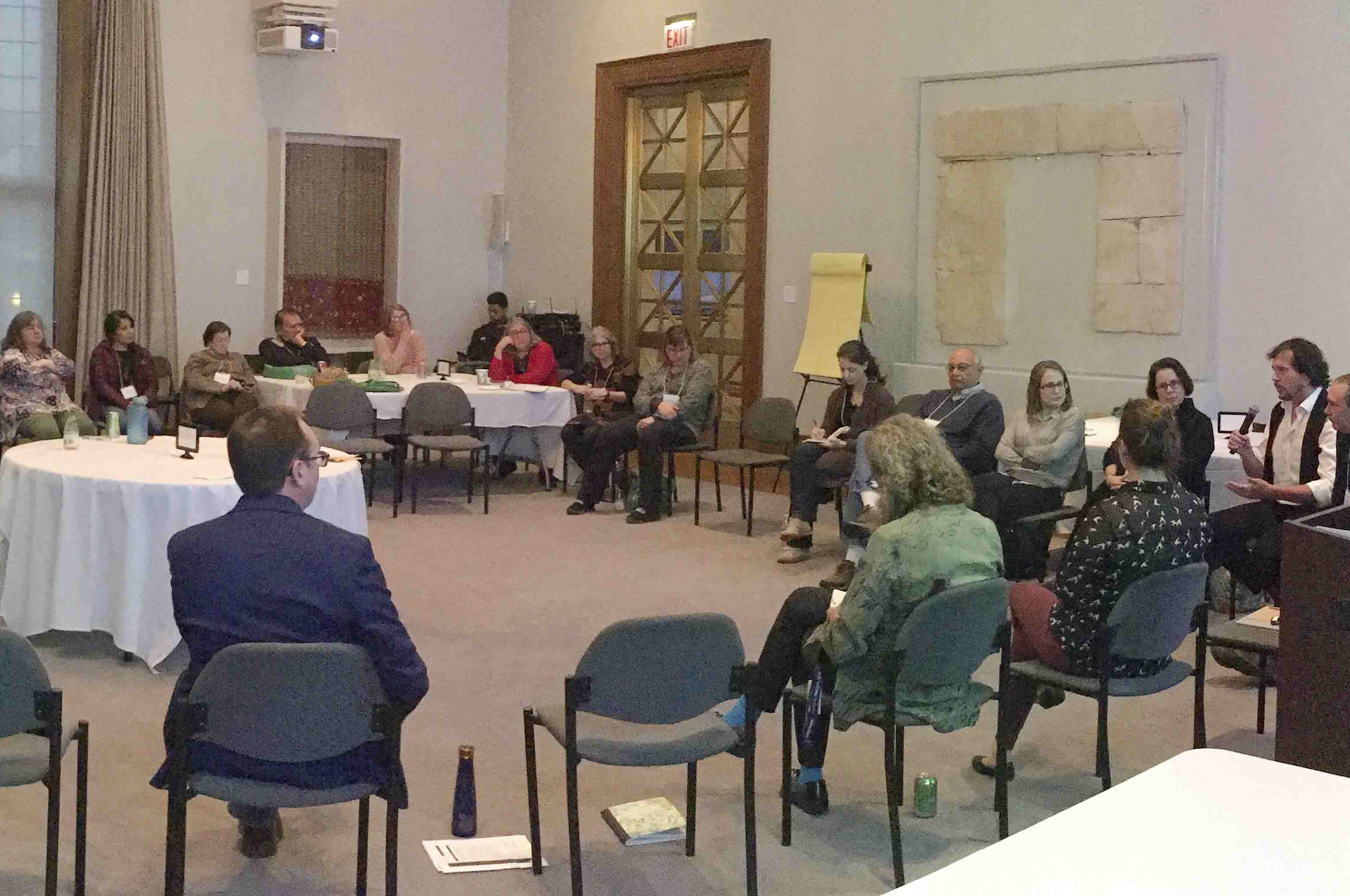 Participants discuss the respectful care of human remains at the 2017 IMLS Collaborative Curation of North American Human Remains Symposium at the Field Museum.